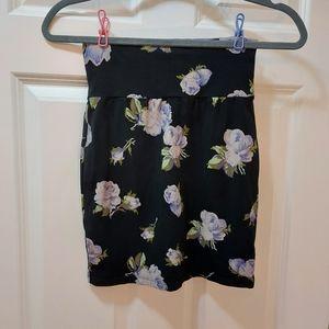Tabula skirt